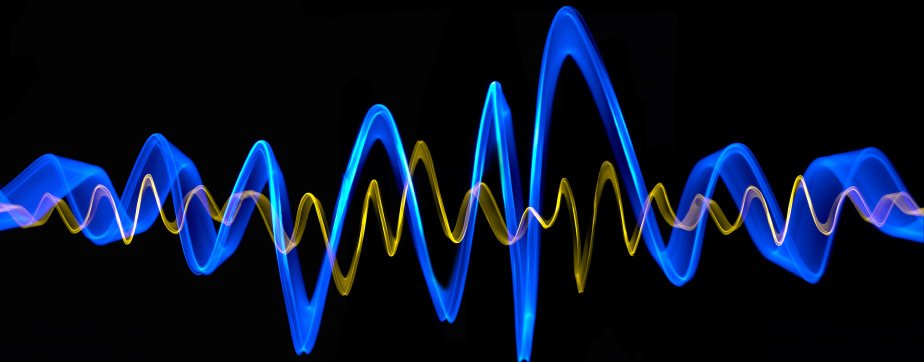 vibration-long-Small-Freq-sound-wave-black-bg